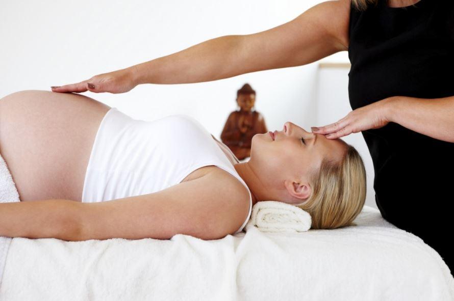 pregnancy-massage-1